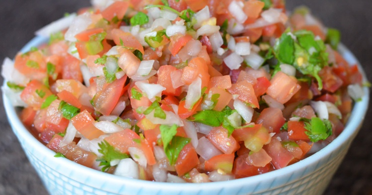 FB-Homemade-Pico-de-Gallo-Salsa-1